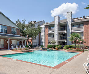 Pool, Centerpoint Apartments