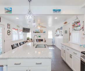 Kitchen, 8140 Riverview Drive