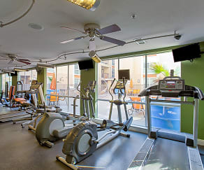 Fitness Weight Room, Rio West - Per Bed Leases