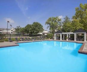 Pool, StoneBriar Woods