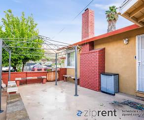 Building, 32283 Amelia Ave