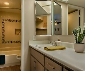 Bathroom, Avana at the Pointe Apartments