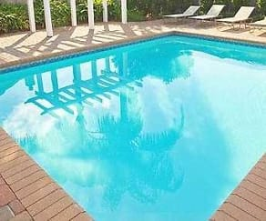 Pool, Shadowlake Villa