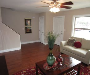 Living Room, Oakwood Townhomes