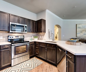 Kitchen, The Marquis at Cinco Ranch