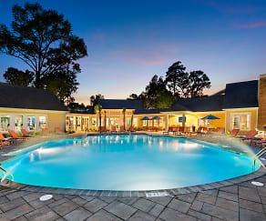 Pool, Element Carolina Bay