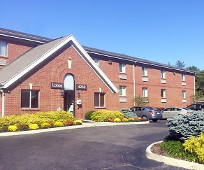 Building, Furnished Studio - Cincinnati - Blue Ash - Reagan Hwy.
