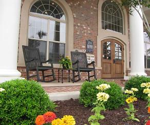 Leasing Office, Lafayette Gardens Luxury Apartments