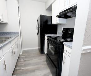 Kitchen, Highland Hills Apartments