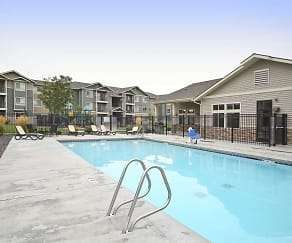 Pool, Copper Ridge Apartments
