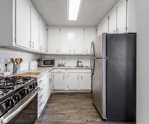 Kitchen, The Highland Midtown
