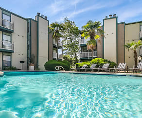 Pool, Sawmill Creek Apartments