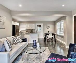 Living Room, 606 Cedar Ave NW