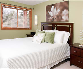 Bedroom, Greenfield Apartments