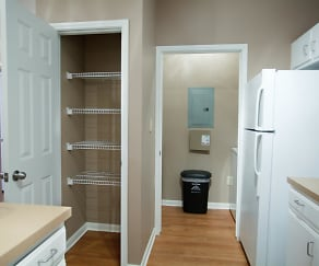 Upgraded Kitchen, Coursey Place Apartment Homes