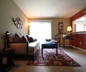 Living Room, Patriots Crossing
