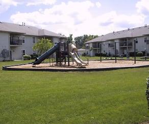 Playground, Whispering Pines
