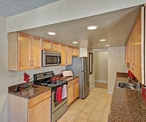 Kitchen, Frazer Crossing Apartments
