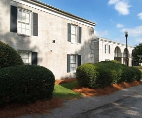 Building, Cross Hill Apartments