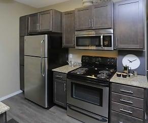 Kitchen, District 600