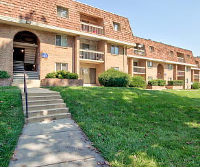 Building, Crystal Springs Apartments