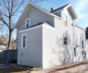 Building, 423 Litchfield Avenue SE (Studio)