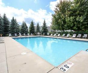 Pool, Pembrook Place