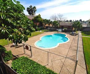 Pool, Heather Apartments