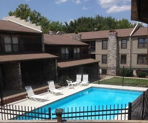 Briarcliff Apartments, Briarcliff Apartments - KS