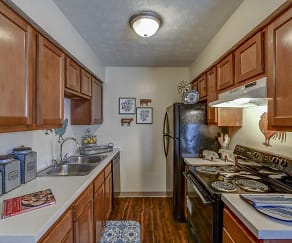 Kitchen, Lake Eden Apartments and Townhomes