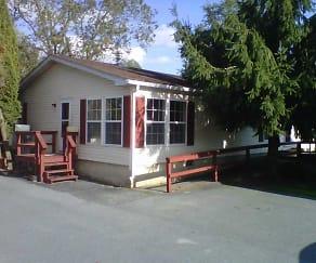 Building, 106 Blossom Lane