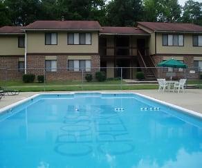 Pool, Cross Creek Apartments