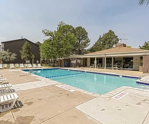 Pool, Pine Creek Apartments