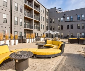 Recreation Area, 1400 Russell Luxury Apartments