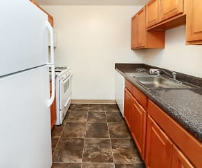 Kitchen, Cranbury Crossing Apartment Homes