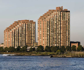 Portside Towers Apartments, Portside Towers