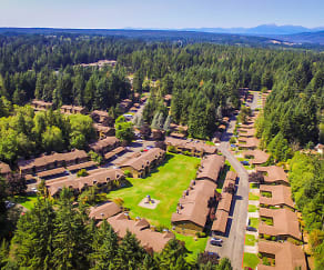 Beautiful Forest Setting, Mariners' Glen Apartment Homes