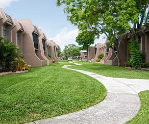 Building, Courtyards At Miami Lakes