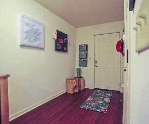 Foyer, Entryway, Varsity House Fayetteville
