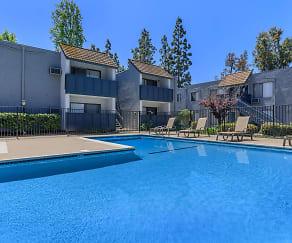 Pool, Maya Linda Apartments