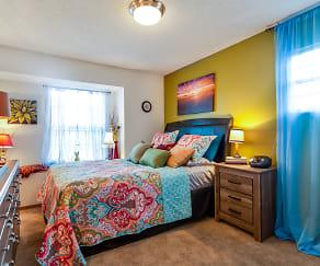 Bedroom, The Retreat at Woodridge