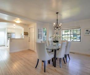 Dining Room, 113 Ashford Ave