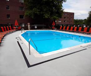 Pool, Bryn Mawr