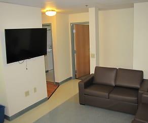 Living Room, Danes Run
