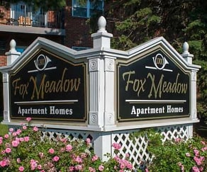 Community Signage, Fox Meadow Apartments