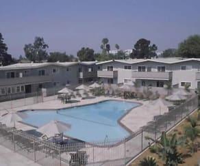 Pool, Amador Apartments