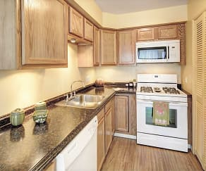 Kitchen, Legacy Bay Townhomes