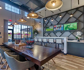Dining Room, Vermella West