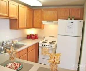 Kitchen, Shockoe Center Apartments