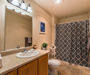 Bathroom, Quail Springs Apartments